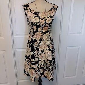 Beautiful Maggy London floral fit and flare